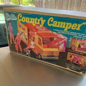 VINTAGE BARBIE COUNTRY CAMPER. NEW!
